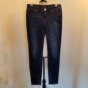 WHBM Contour Skinny Leg Jeans